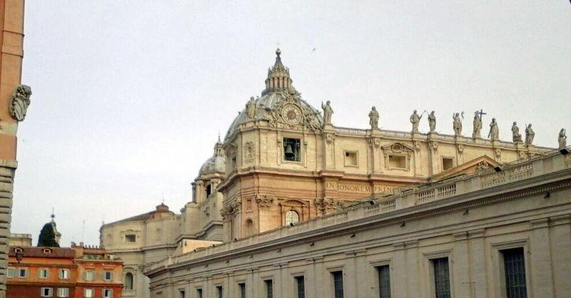 Architecture Basilica Di San Pietro In Vaticano Building Exterior Built Structure City Day Government No People Outdoors Politics And Government Roma Sky Travel Destinations Vaticano