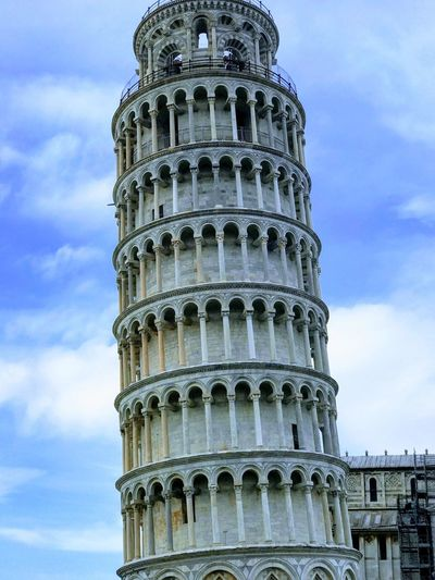Leaning tower of Pisa Trip Tower Of Pisa Built Structure Architecture History Building Exterior Low Angle View The Past Sky Travel Destinations Travel Tourism Cloud - Sky Tower