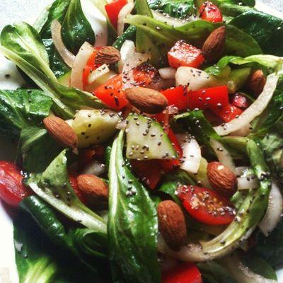 Yummi Salat So Lecker Mittagspause Fast Healty Veggie Body In LOOOOVE LiebegehtdurchdenMagen