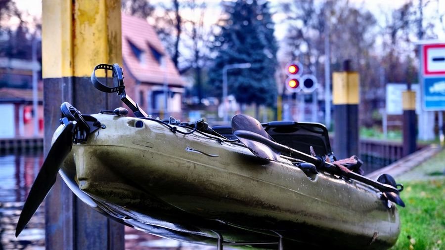 on my way to EyeEm galery. Exhibition opening: Earth Berlin Berlin Photography Earth EyeEm Gallery Kayaking Oberschleuse Close-up Exhibition Focus On Foreground Kayak Lock Mode Of Transport No People On My Way Outdoors Through To  Transportation Mobility In Mega Cities The Traveler - 2018 EyeEm Awards