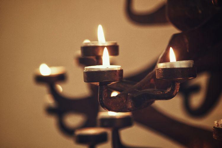Plz follow on Facebook https://www.facebook.com/niklasstormfoto/ Niklas Storm Maj 2018 Candlelight Burning Candle Wax Lit Creative Space HUAWEI Photo Award: After Dark