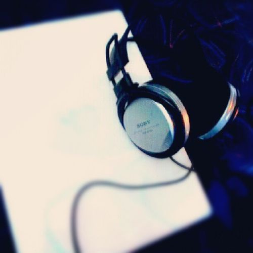 my headset sony MDR-XD100 Sony Makebelieve Headphones Music instagram photo pic picture listening listen blue bigheadphones highfidelity musiclistening movielistening stereo stereosound sound