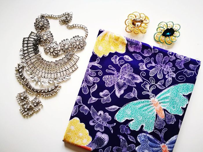 Textile Fashion Textile Industry Clothing Pattern Indoors  Multi Colored Wool No People Close-up Day Brooches Batik Pareo Butterfly Designs Necklace Diamond Silver  Fashion&love&beauty Followforfollow Malaysia