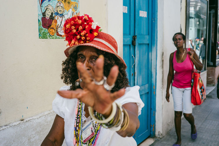 Cuba Cuba Collection The Portraitist - 2018 EyeEm Awards The Street Photographer - 2018 EyeEm Awards Adult Casual Clothing Clothing Day Front View Hairstyle Lifestyles Looking Looking Away Outdoors People Portrait Real People Standing Women