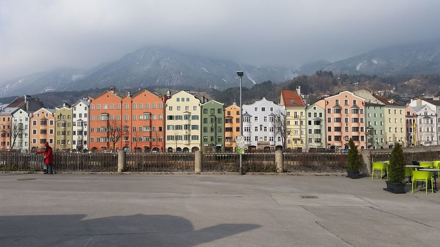 Innsbruck Coloro In The City Austria Titol Innsbruck Colour Your Horizn Mountain House Business Finance And Industry Day Landscape Outdoors Community No People Snow Apartment City Cityscape Ghetto Sky EyeEmNewHere