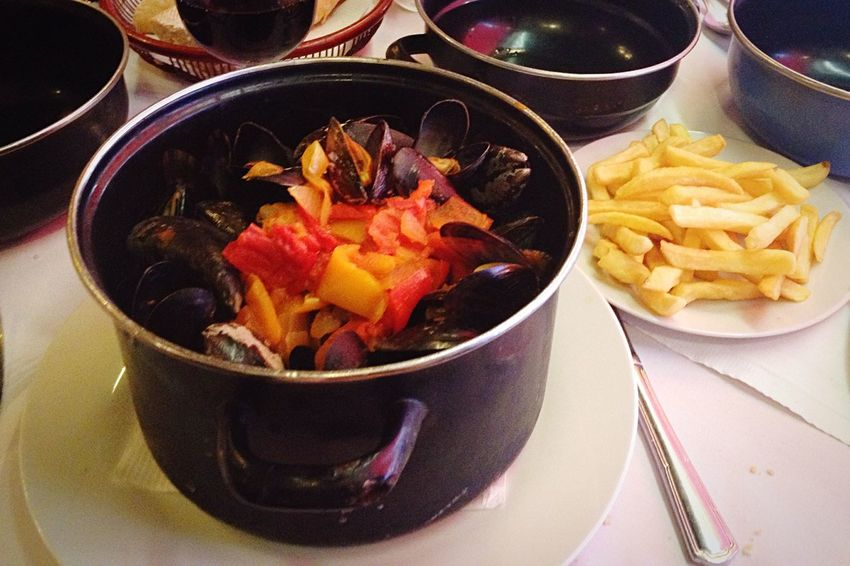 Mussels from Brussels! Jummy Delicious Mussels French Fries Belgium Brussels Food Foodie Good Food Enjoy Eating Yummy Yum Moules Et Frites IPhone 4S
