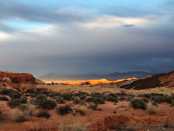 Valley of Fire, Nevada Sunset Nature Beauty In Nature Tranquil Scene Scenics Landscape Tranquility Sky Mountain Desert Arid Climate No People Outdoors