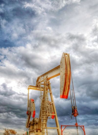 Oilfield OpenEdit Pump Jack Midland, TX West Texas Energy Oil Rig Fracking Oil Oil Field Oil And Gas This Week On Eyeem Hdr_Collection Photoartistic Wide Angle