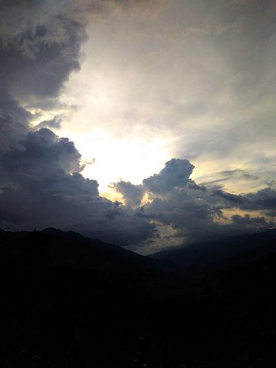 Một buổi chiều ở Pú Nhu La Pán Tẩn Chiều Hoàng Hôn Hoàng Hôn Beauty In Nature Chien Chiều Tà Cloud - Sky Day Hoàng Hôn Nature No People Outdoors Scenics Silhouette Sky Tranquil Scene Tranquility