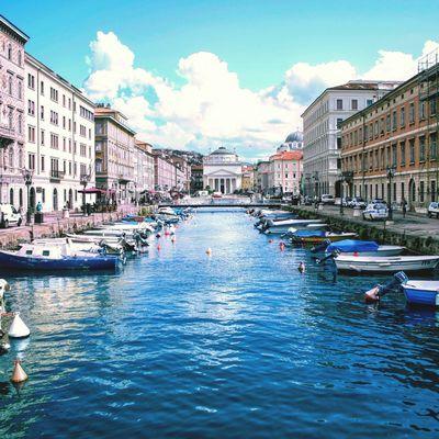 Trieste, chiesa sant'Antonio Trieste Memories Holydays Boats Cluods  Naviglio  Canon700D Sea View Mare