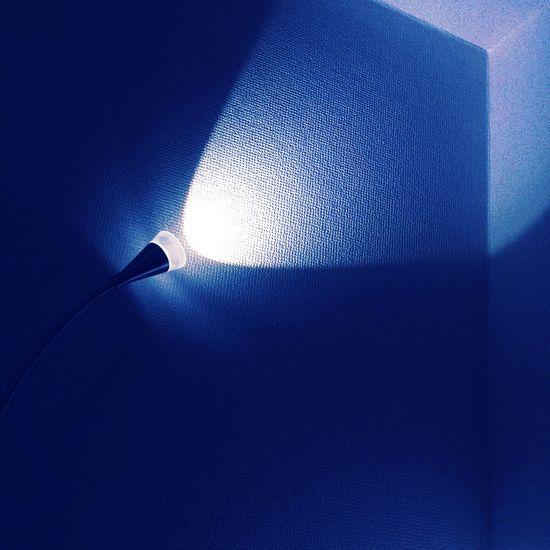 Minimalism Light And Shadow Meureka Bleu Wall Shadows & Lights Shadow Light The Five Senses