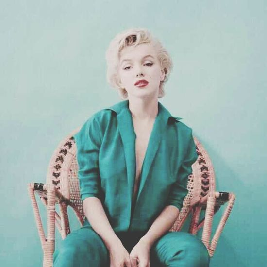 Marilyn Monroe 50s Woman Beauty Oldiesbutgoldies Fame Famous Blue