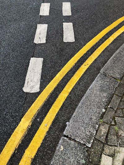 Yellow lines in
