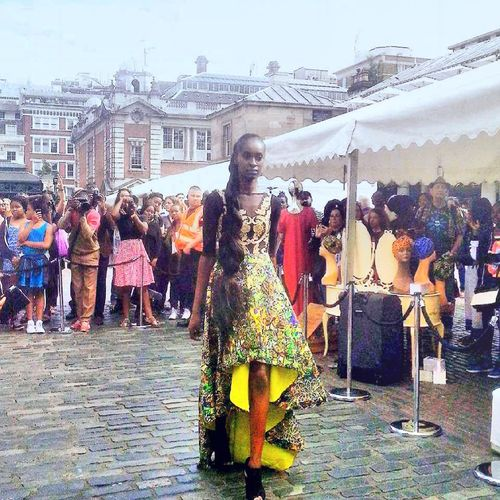 African Beauty Streetphotography People Photography People Watching fashion Excercising