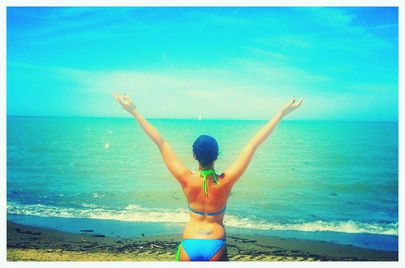 Sommergefühle Beach Sea Vacations Rear View Bikini Sand Summer Horizon Over Water Sun Fun Embracing Sky Lake Hot Day Outside Photography Beach Photography Beach Life Beach Day Woman Girl On The Shore Sunny Sunny Day Sunny Sky Water