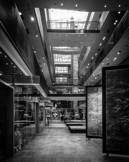 Indoors  Architecture Built Structure The Way Forward No People Illuminated EyeEm Awards 2017 Blackandwhite Photography Black & White Black And White Monochrome Bnw Architecture Modern Architecture Light And Shadow Glass - Material