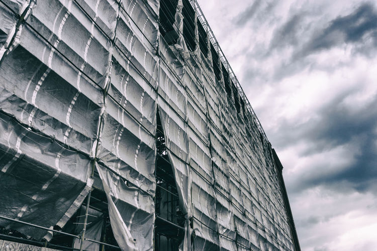 Protective cover on building under construction Architecture Berlin Construction Site Germany 🇩🇪 Deutschland Horizontal Building Clouds And Sky Color Image Cover No People Outdoors Protective