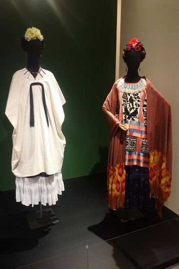 Costume Museum Fridakahlo Mexicanstyle Exhibition The #surrealism Woman #FridaKahlo