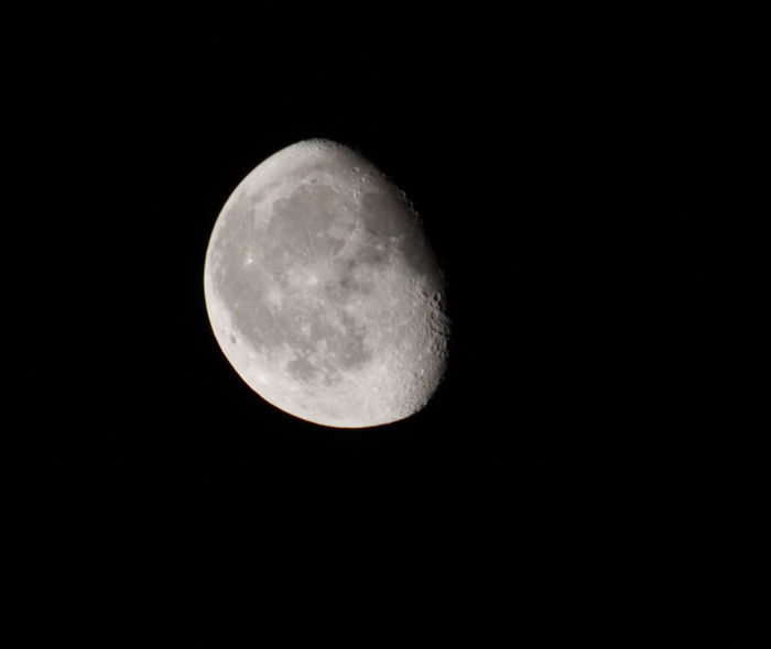 Moon before the Eclipse Moon Nightphotography Craters Of The Moon Eclipse Night Night Sky Nighttime Photography Nighttime Sky