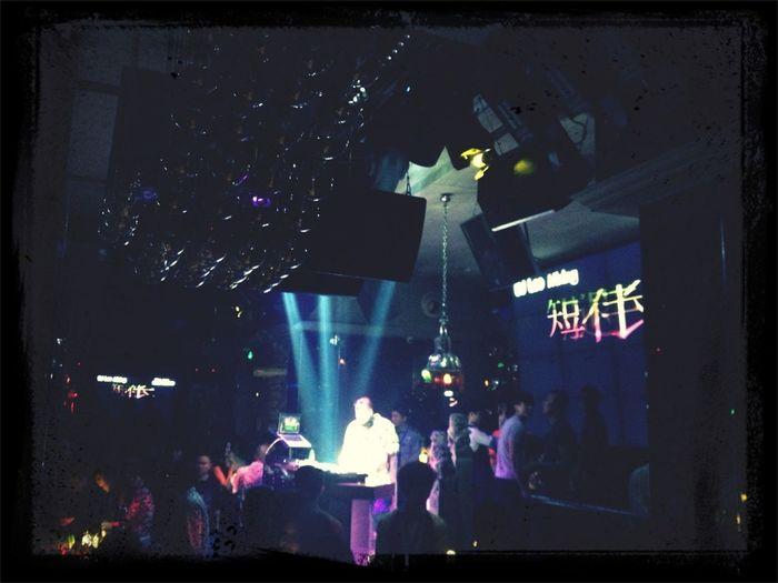 A saga de procurar o melho bar do mundo continua! 1801 club em Xiamen - China, pode ser um bom candidato! Siga...