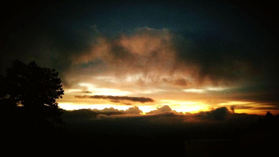 sabahın nuru..♡ Gök'yüzüm.. Gün'eşim.. Sabah-ûl hayr.. Nature Clouds And Sky Good Morning!