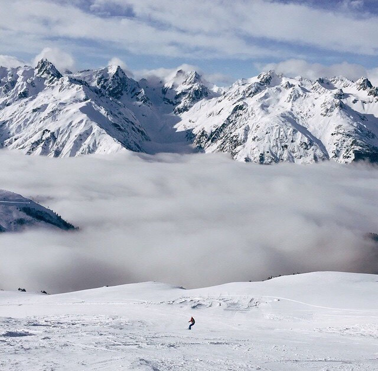 Swiss Snowboard Ski Skiing Clouds Above The Clouds Alps Swiss Alps Switzerland Mountain Snow