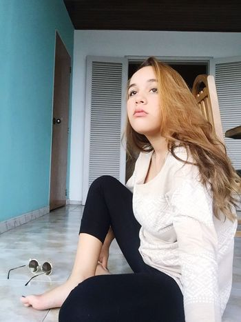Beautiful pic , Young Women girl Young Adult Long Hair Indoors  Casual Clothing Looking At Camera Person Beauty Confidence  Beautiful People Modern Fashionable