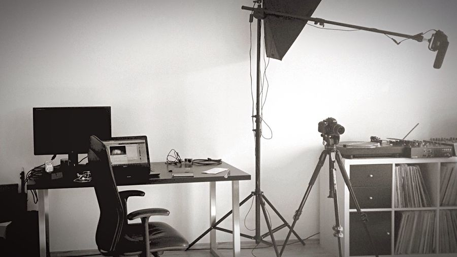 Work place Graphicdesign Video Shoot