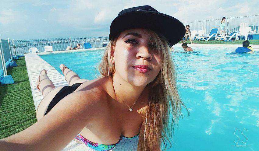 Hangovered Swimming Pool Summer Style ✌ Bikini👙 Cartagening  Pool Day  Selfie ✌ Colombiangirl Swimwear Socializing Happy :) Beauty Cartagena, Colombia Blondiegirl Colombiagirls