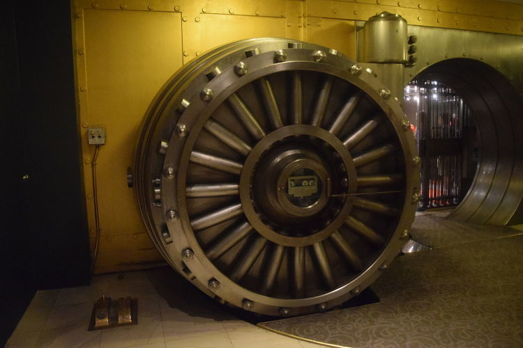 Bank Vault Close-up Geometric Shape Indoors  Metal No People Wheel