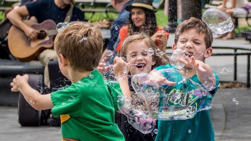 Popping bubbles Bubbles Bubbles... Bubbles...Bubbles.... NYC NYC Photography Washingtonsquarepark Kids Kids Being Kids Fun Citypark