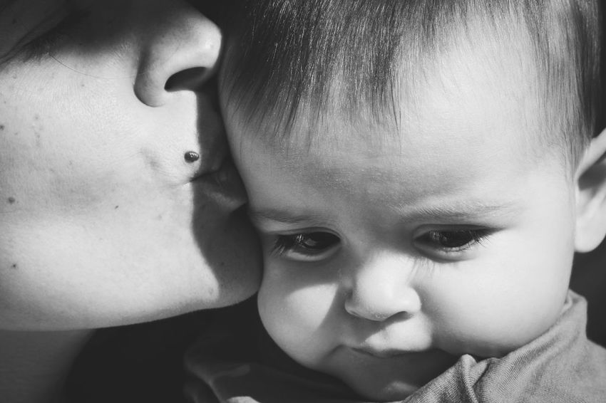 Happy mother's day Happy Mother's Day! Love Bw_collection Blackandwhite Photography Black And White Blackandwhite EyeEm EyeEm Gallery EyeEm Best Shots Getting Inspired Child Childhood Portrait Headshot Close-up Real People Innocence Baby Cute Women Family