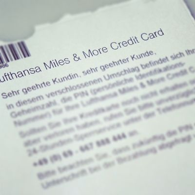 Neue Credit Card PIN. Die kann ich mir nie merken. :-( Hinterlege sie mal bei Twitter, ihr seid doch bestimmt alle so ehrlich? ;-) #0815 0815