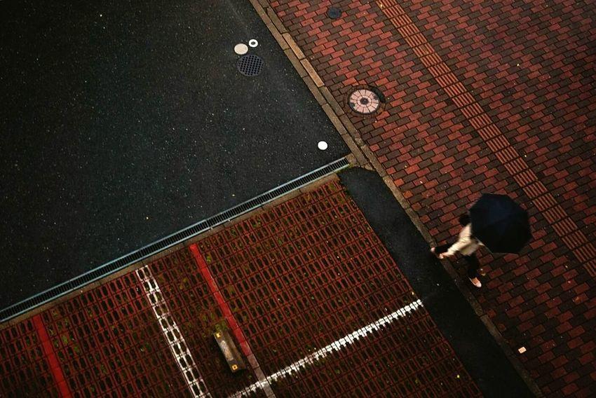 Dont walk away from me. Dont leave me alone,plz Forever Alone Traveling In Fukuoka Needsomeone Fukuoka City  Ladyphotographerofthemonth Needsomeonetoshare Walking Alone... Needsomeonetolove Spacetime Rainy Day In Fukuoka