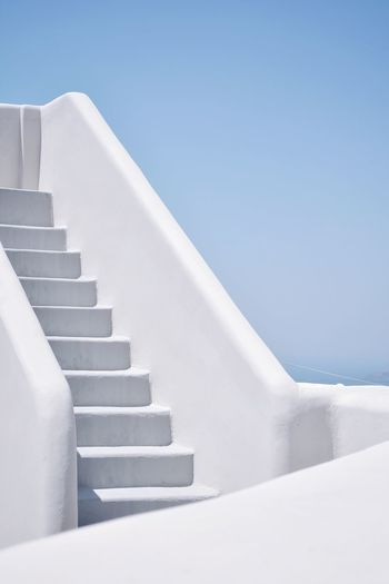 EyeEm Selects TheWeekOnEyeEM Eye4photography  Steps And Staircases Staircase Steps White Color White Railing Whitewashed Low Angle View Architecture Stairs No People Outdoors EyeEm Best Shots The Week On EyeEm Simple Photography Simplicity Minimalist Photography  Minimalistic Minimalist Architecture Minimalism Architectural Feature Minimal The Architect - 2018 EyeEm Awards The Architect - 2018 EyeEm Awards