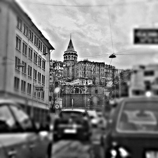 Öyle aradan bi bakma içim gidiyor. Galatakulesi Galatatower Blackandwhite Photography Jj  Istanbul Turkey ComeToSeeTurkey