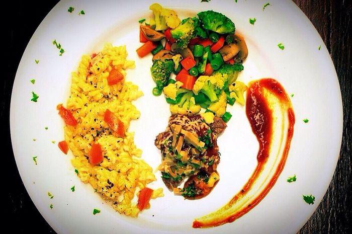 Greystudio Food Steaks Fusilli