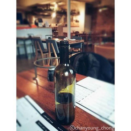 물병 레스토랑 인테리어 점심 사진 Waterbottle Restaurant Interior Lunch Photo Picoftheday