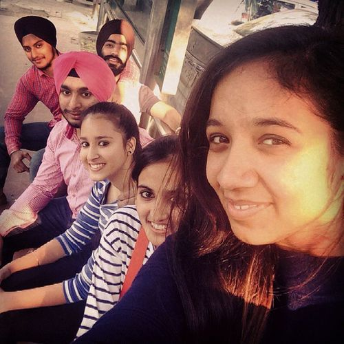 Friends Small_Reunion Selfieslovers