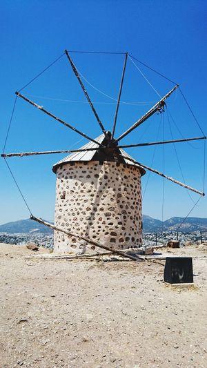 don kişot u bekliyor.. Beach Sand Technology Sky Windmill Traditional Windmill Industrial Windmill