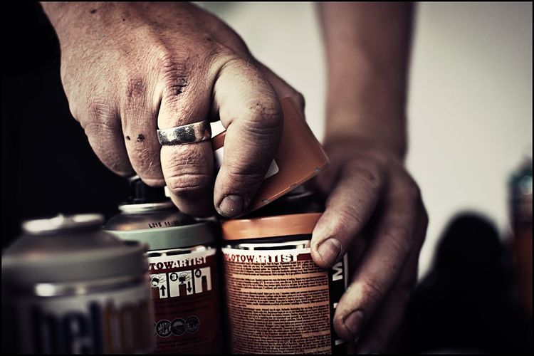 Hand Tag Spraycan Spraypaint Artist Graffiti Human Hand Human Body Part Close-up Real People Holding Indoors  One Person People Day