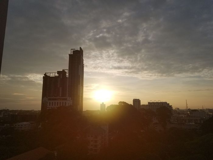 日出 Sunset