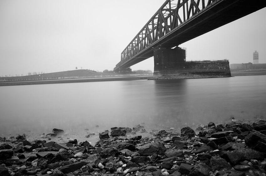 Zugbrücke NikonD5100 Langzeitbelichtung Duisburg Rhein Outdoors Water Winter