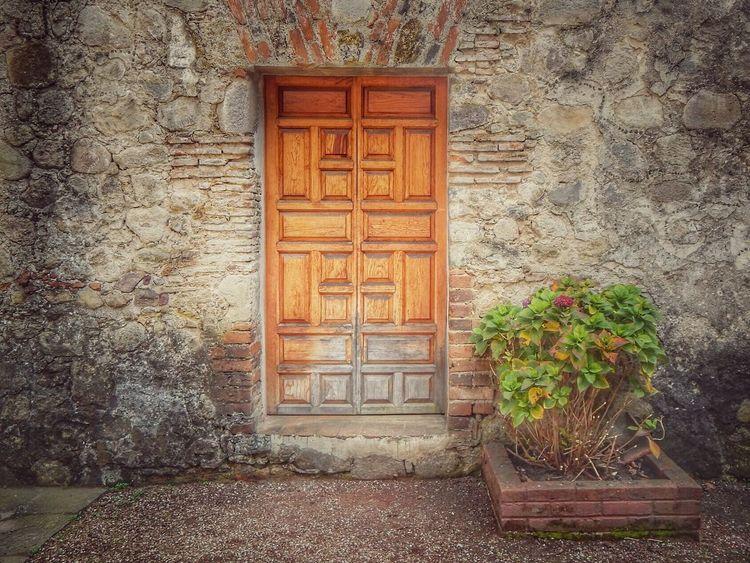 La otra puerta. Desierto De Los Leones. Puerta Convento Mexico