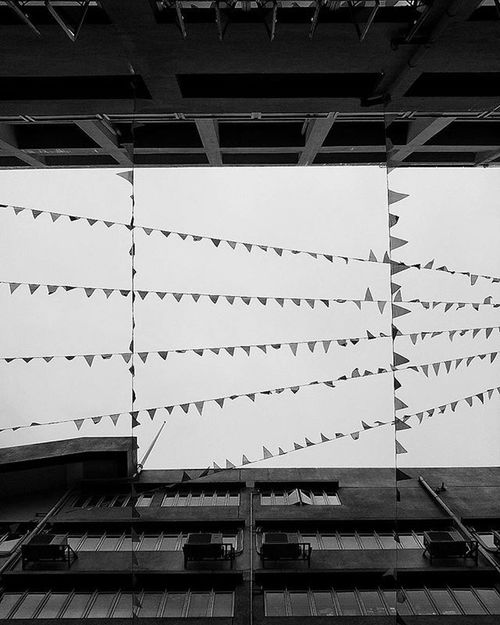 Back to where you spent six years in Look down to the playground Look up to sky Let memories flash you back As they are treasured and not coming back anymore my high school era.. . LG  G4 Hk Footprints Utravel Bnw Ig_captures VSCO Vscocam Vscohongkong Noir Bwflc Hk2015 Shoot2kill Picoftheday Photooftheday Instameethk Meistershots Blackandwhite Highschool Graduated Memory 中學 高校 TBT  throwbackthursdayclearsky
