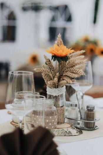 Close-up wedding table decoration