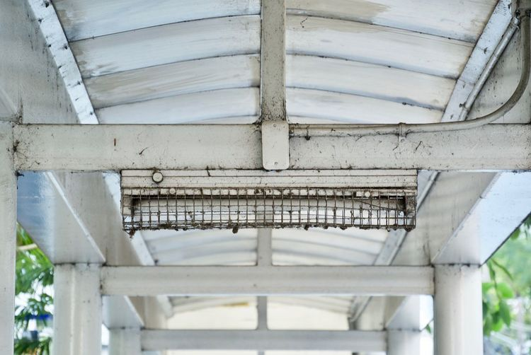Built Structure Architecture No People Day Architectural Column Low Angle View Outdoors Close-up Ceiling Pattern Metal Roof Sunlight Focus On Foreground Old Wall - Building Feature Full Frame Underneath Roof Beam