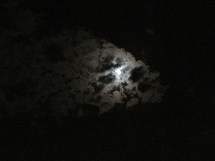 Nubes Noche Noches Night Nightphotography Cloud Clouds And Sky Clouds Luna Luna❤ Moon Moon Shots