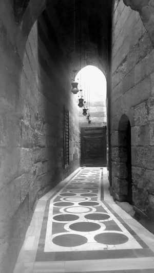Black And White Friday Corridor High Walls Islamic Architecture Masjid Old Lamps Vintagearchitecture Wooddoor