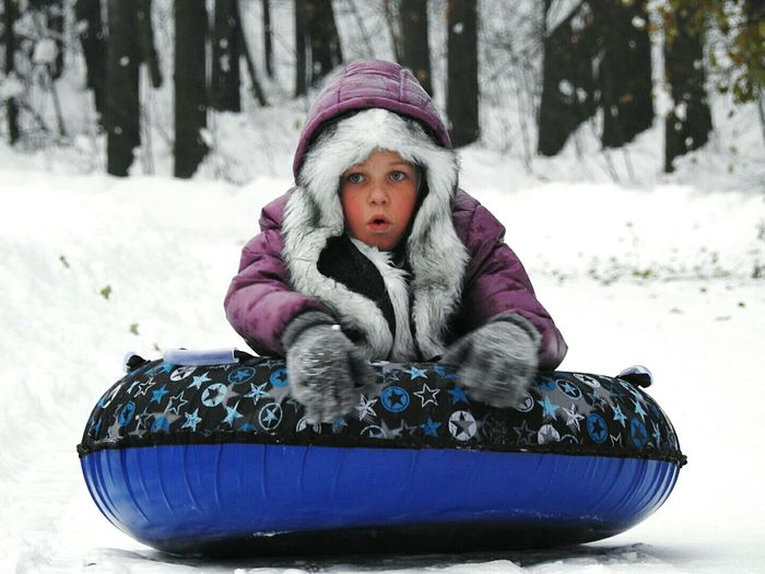 Cold Temperature Daughter Winter Snow Snowing Portrait Children Playing Day Udelnii Warm Clothing Sankt-Petersburg Russia